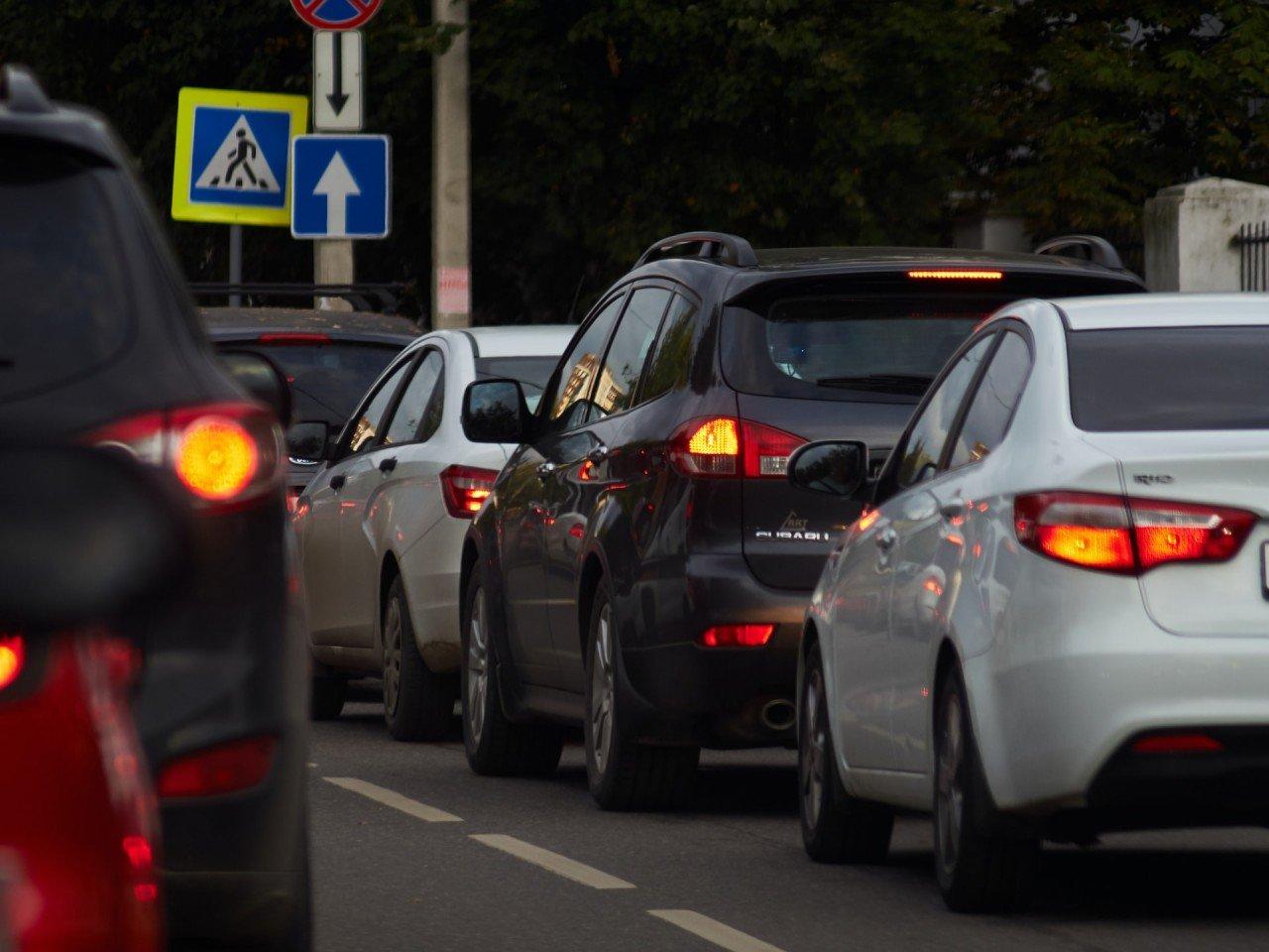 Langfristige Kanalarbeiten führen zu Verkehrschaos